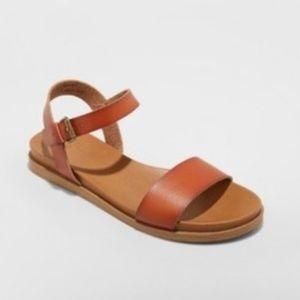 Universal Thread Size 7 Brown Strap Sandals